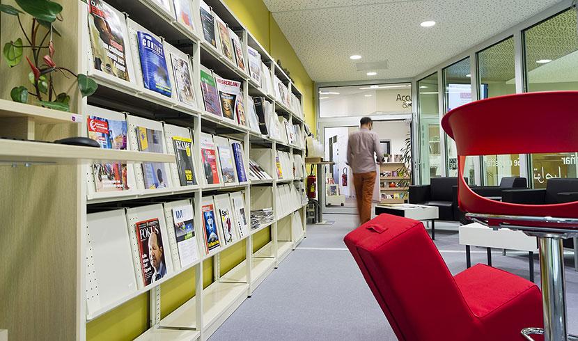 Service sur le campus - Bibliothèque site Vieux Lille - IAE Lille